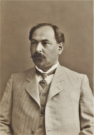 Portrait photo of Nariman Narimanov taken in 1913