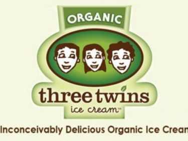 6-Twins-Ice-Cream-Sundae-from-Kilimanjaro-e1353694298857