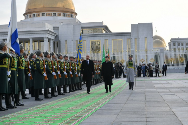 president-resmi qarsilama.jpg