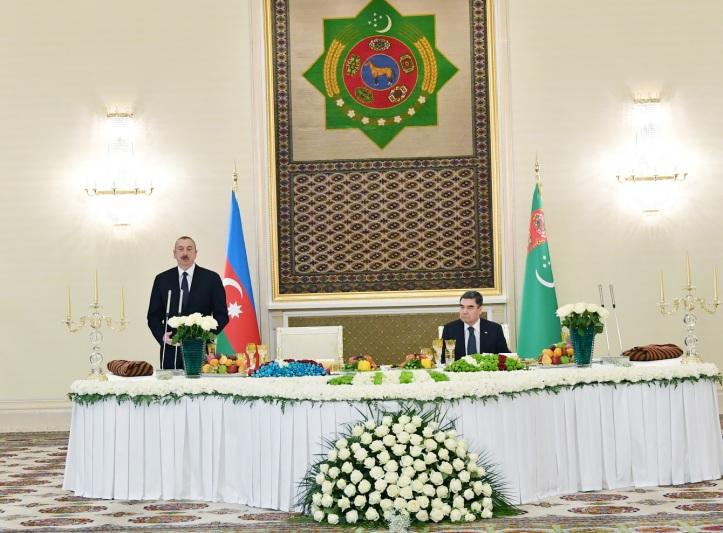 ziyafet-turmenistan.jpg