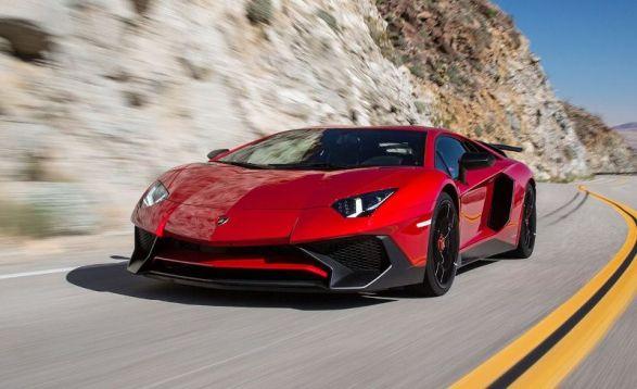 01_Lamborghini Aventador.jpg