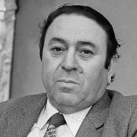 Один из ярких представителей современной азербайджанской поэзии