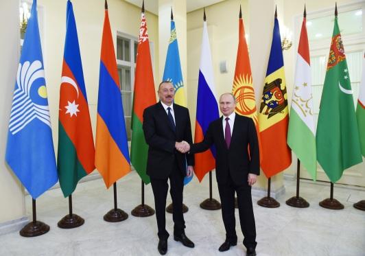 presidenti-az-rus.jpg