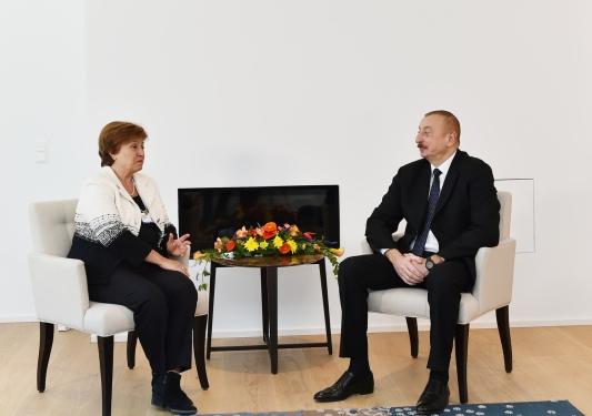 president-davos-vb