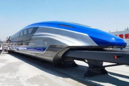 быстрый китайский поезд.jpg