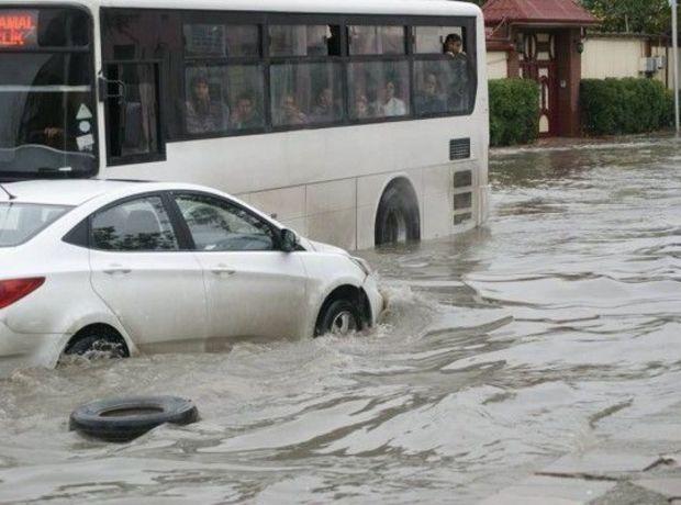 потоп в Баку.jpg