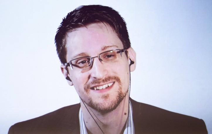 Innsbruck 18 10 2018 Congress Innsbruck AUT Dialog mit Edward Snowden Big Brother is watching y