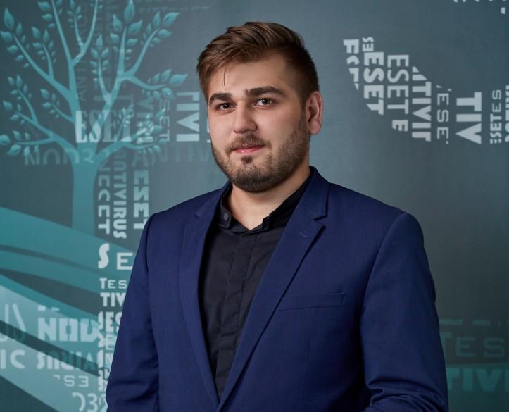 Сергей Саблин - ESET.jpg