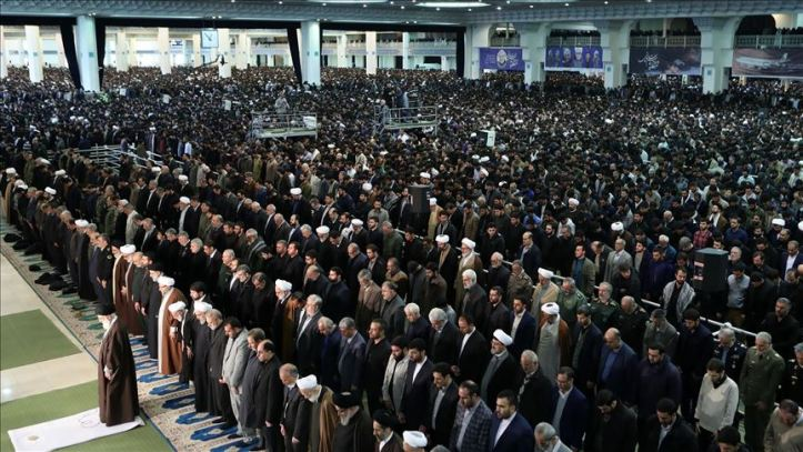 тегеран-намаз