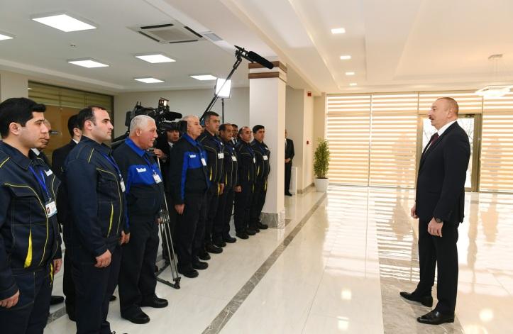president-azerishiq-kollektiv