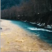 Cлияние двух рек - их воды не смешиваются - ВИДЕО