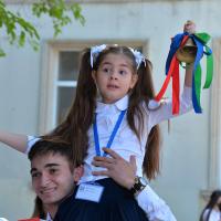 """Bakı məktəblərində """"Son zəng"""" tədbirləri keçirilib - FOTO"""