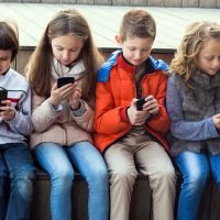 Топ 5 потенциально опасных соцсетей